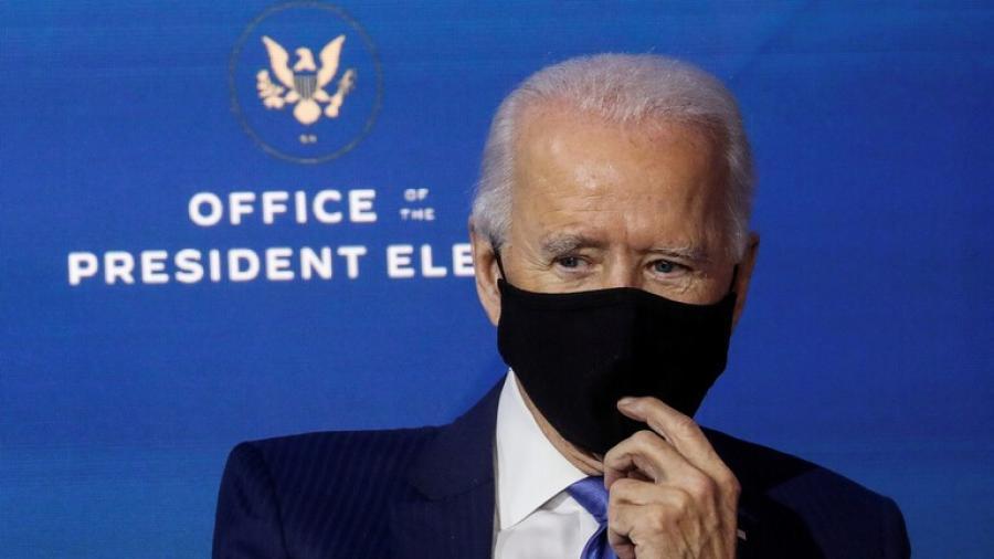 بايدن سيطلب من الأمريكيين ارتداء الكمامة لـ 100 يوم