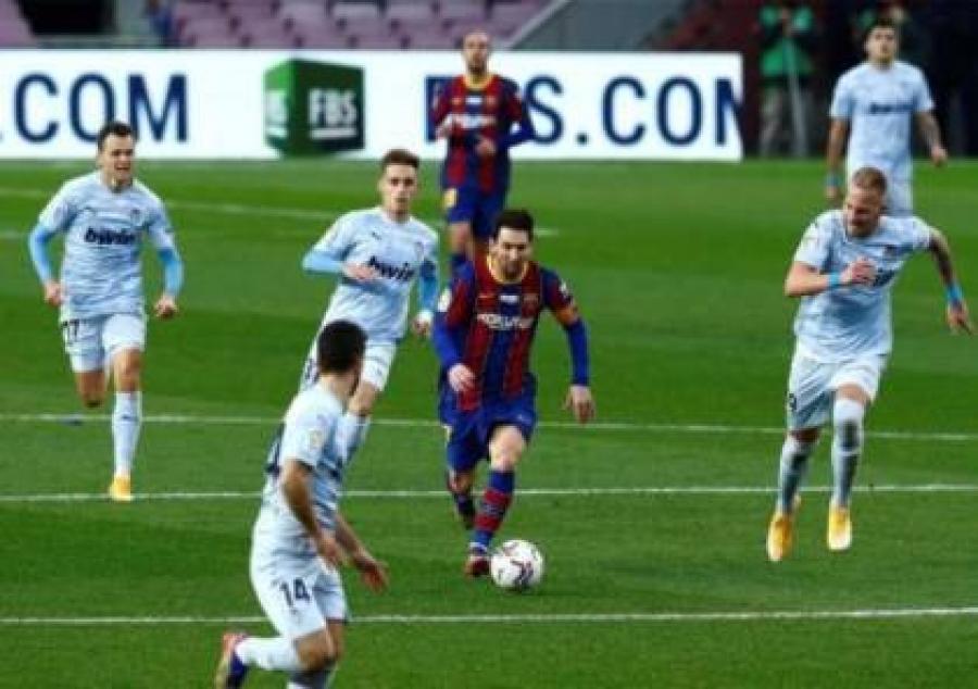 برشلونة يسقط في فخ التعادل ضد فالنسيا
