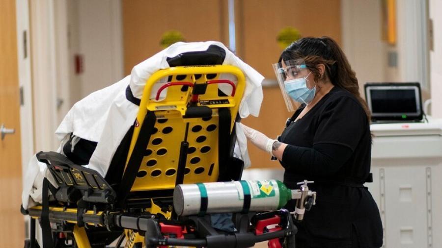 عدد الوفيات اليومية بفيروس كورونا في الولايات المتحدة يتجاوز 4 آلاف