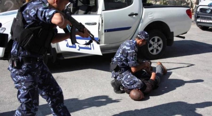 مباحث الوسطى تكشف عن سرقة مضاغ دهبي ومبلغ مالي بقيمة 5250 دينار