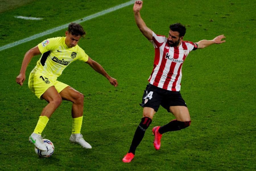 أتلتيكو مدريد يتمسك بالصدارة بفوز صعب علي التشي