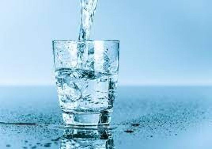 ماذا يحدث لجسم الصائم عند الإفطار على الماء ؟