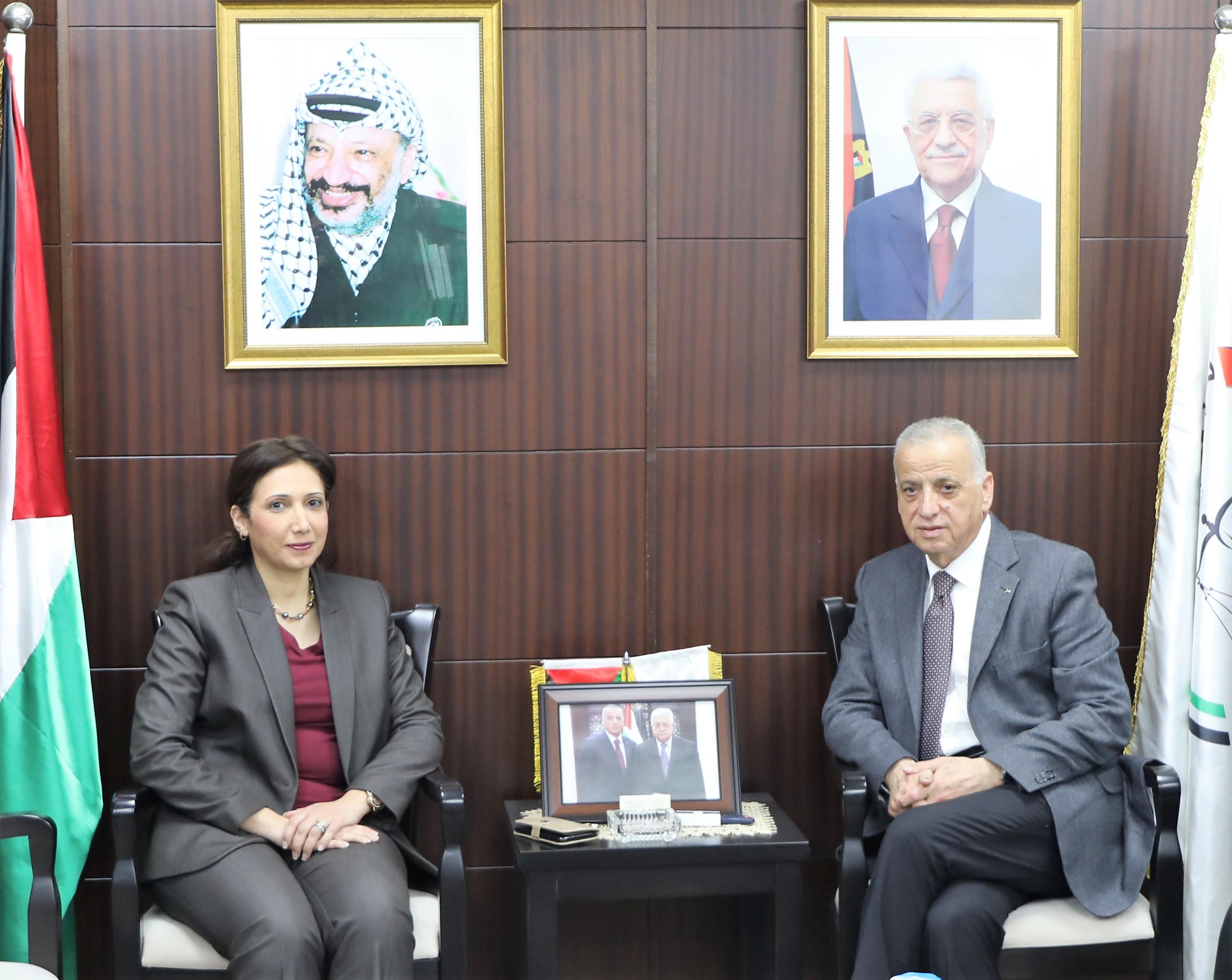 رئيس مجلس القضاء الأعلى يستقبل رئيس الجهاز المركزي للإحصاء الفلسطيني