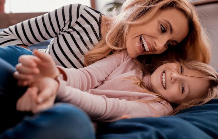 6 طرق لبناء صداقة مع طفلك