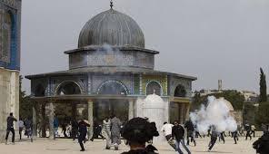 رأفت يدين اغلاق الاحتلال بوابات المسجد الأقصى واقتحام باحاته
