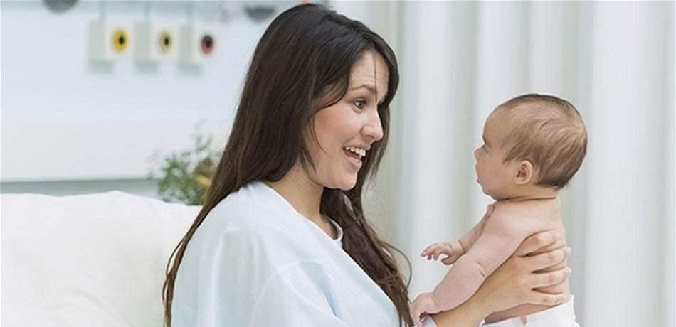 متى تعود الدورة الشهرية بعد الولادة ؟