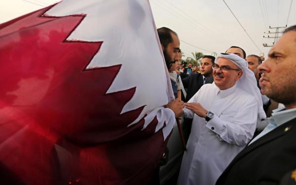 قيادي فلسطيني: إشكاليات غزة لا تُحل عبر صفقات العمادي بين حماس وإسرائيل