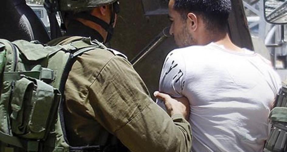 اعتقالات ومداهمات بالضفة تطال عدد من المواطنين