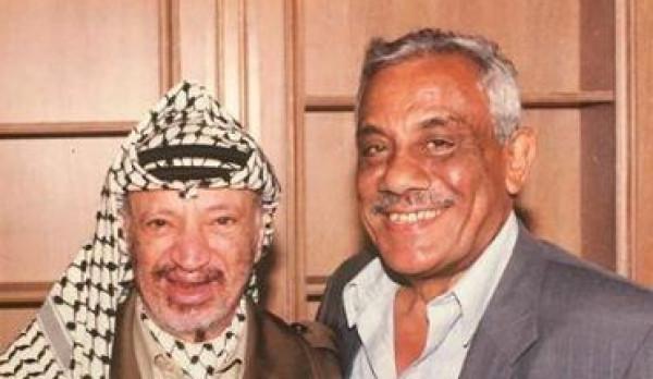 الرئيس عباس ينعى عضو التنفيذية السابق أحمد الشهابي