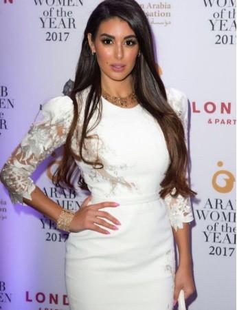 yasmine-sabri-fashion3-3-12-2017-5-2.jpg