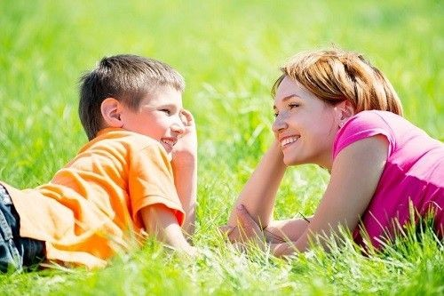 establish-friendly-and-open-relationship-with-your-child.jpg