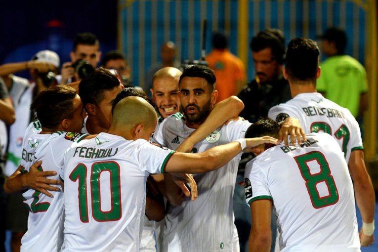 دون-تلقي-شباكه-لأي-هدف..-المنتخب-الجزائري-يعبر-إلى-دور-الثمانية-في-أمم-أفريقيا.jpg