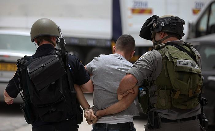 قوات الاحتلال اعتقال تعتقل.jpg